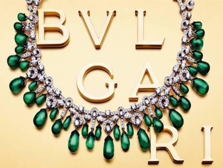 bulgari-emerald-neck.jpg